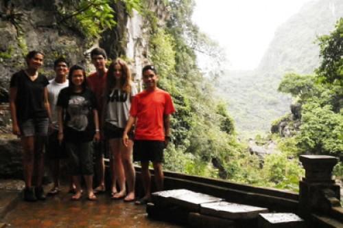 Voyage Hanoi - Halong et La baie Halong Terrestre du groupe de mr Ly Bao Phan