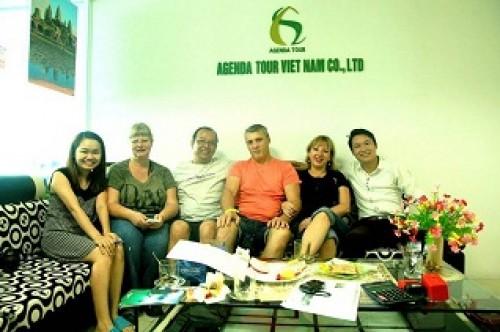 Voyage au Nord Vietnam du groupe de Madame Liliane AVALLET (4 perrsonnes)