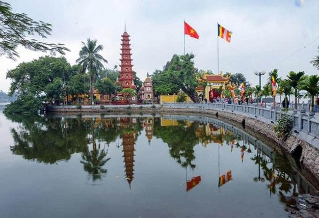 agendatour-hanoi-en-une-journee-pagode-tran-quoc