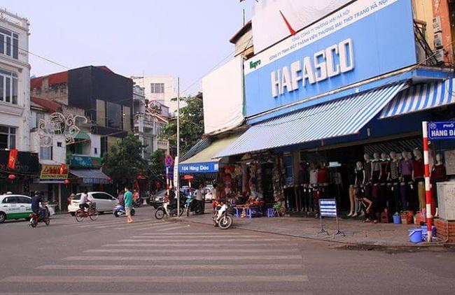 agendatour-vieux-quartier-hanoi-rue-hang-dao-hang-gai-aujourdhui