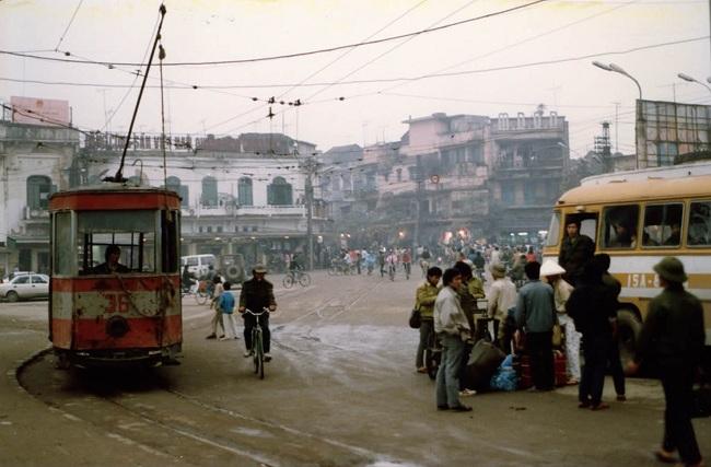 agendatour-vieux-quartier-hanoi-station-tramway-hier
