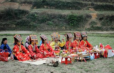 les-pratiques-du-then-par-les-groupes-ethniques-tay-nung-et-thai-au-viet-nam