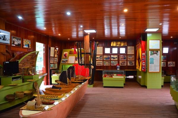 musee-decologie-flottant-du-village-de-pecheurs-de-cua-van