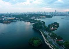 Le lac Ho Tay, le plus grand de la capitale Hanoi