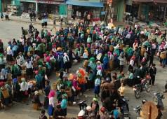 La Foire ( Le Marché) de Dong Van - identité culturelle de hauts plateaux du Nord Vietnam